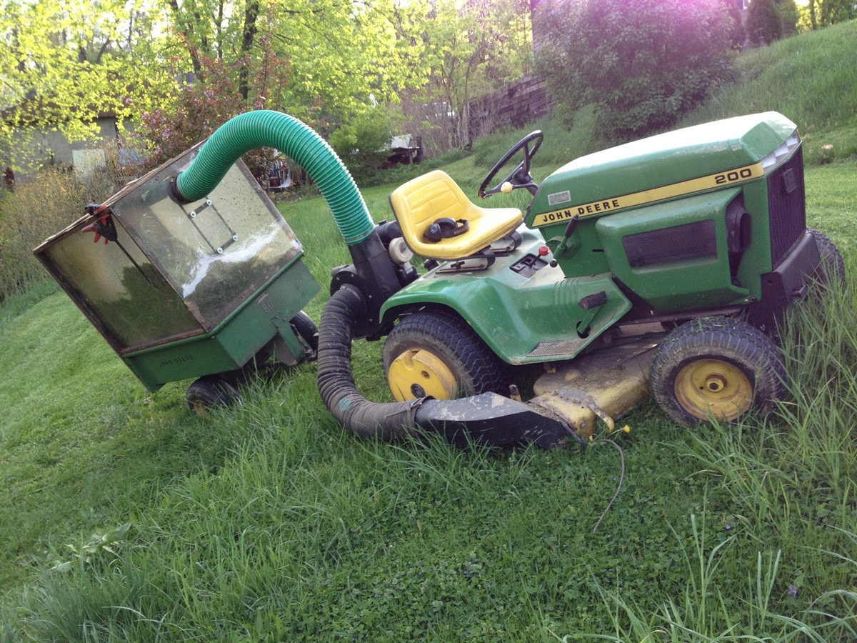 Lifetime lawn and garden tractor- the John Deere 200 and 300 series ...