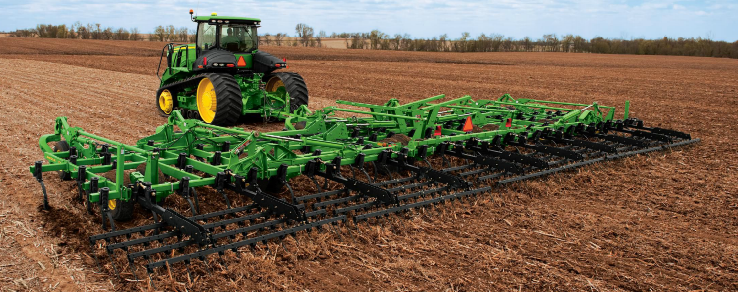 features such as john deere farmsight and john deere implement