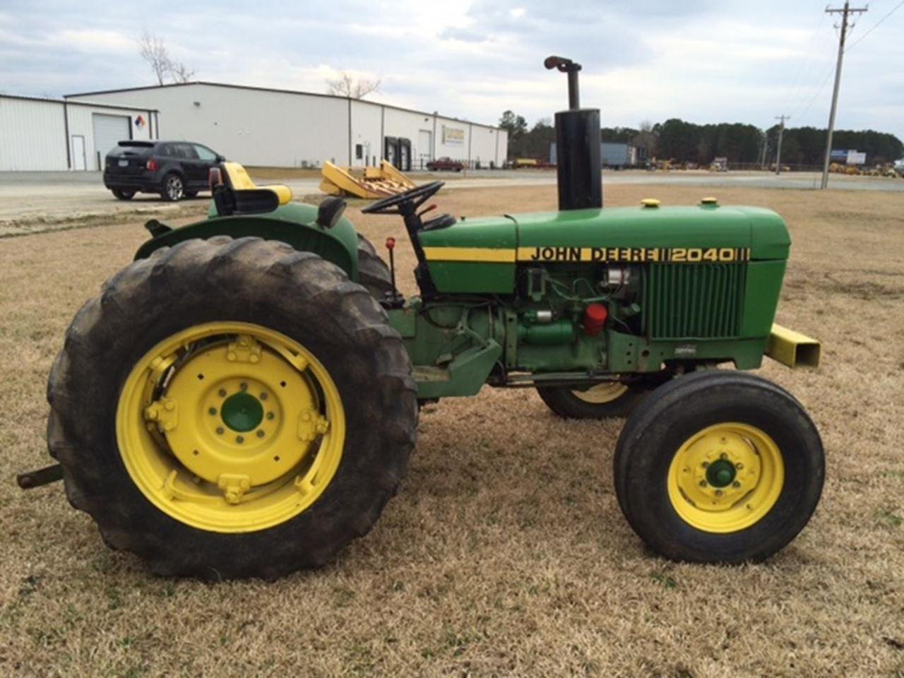 john deere 2040 series tractors