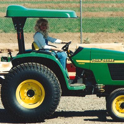 john deere 5000 utility series tractors