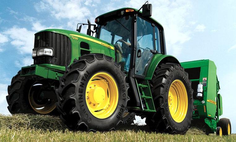 John Deere 7030 Small-Frame Series Row Crop Tractors