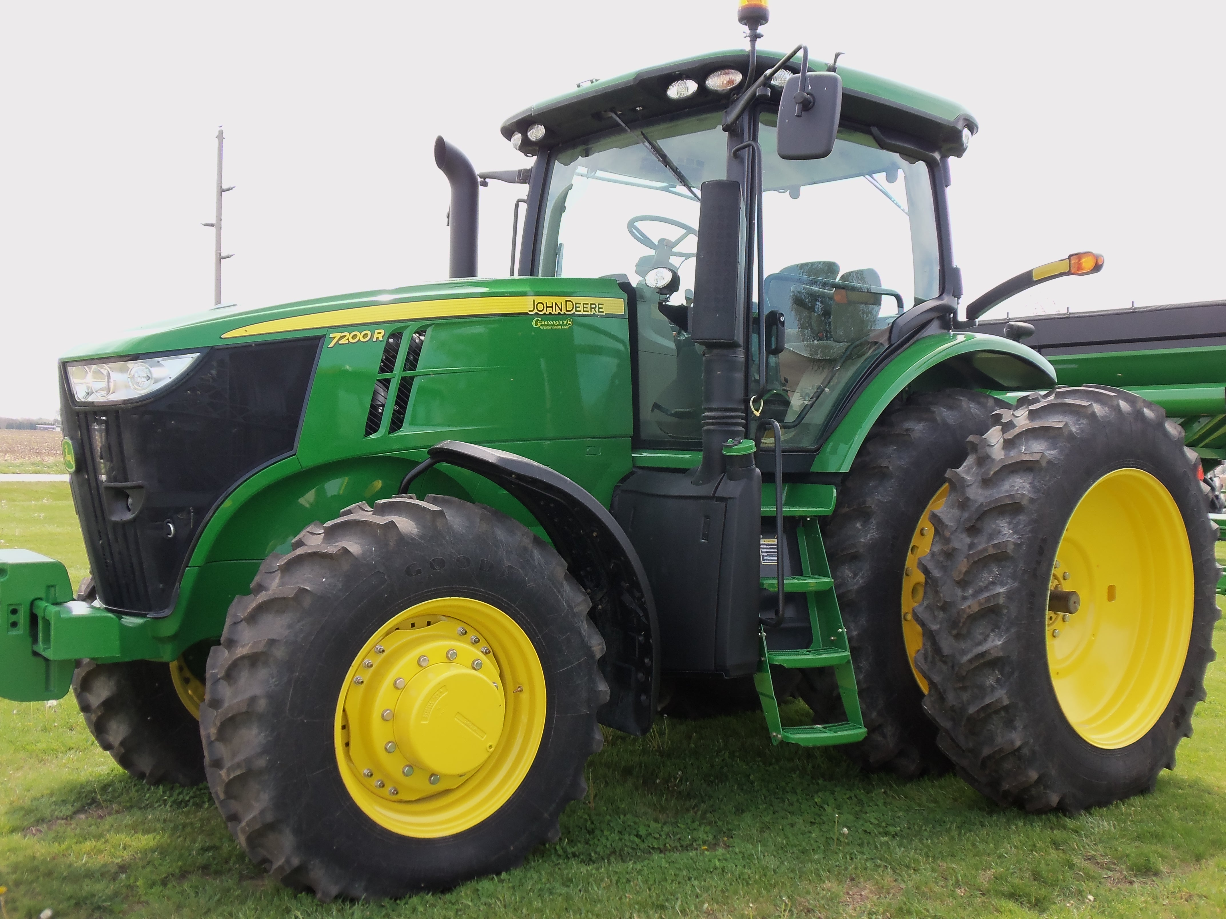Large 7R Series tractor | John Deere equipment | Pinterest