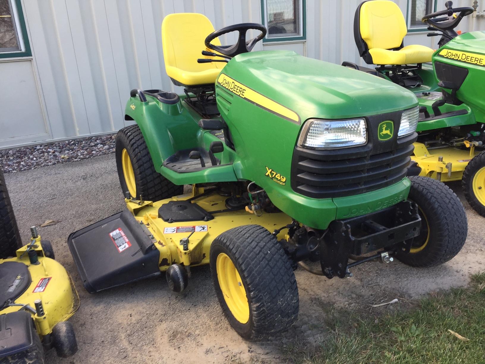 John Deere X749 Lawn & Garden Tractors for Sale | [65044]