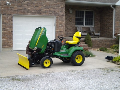 John Deere X748SE Review by G. Doak - TractorByNet.com