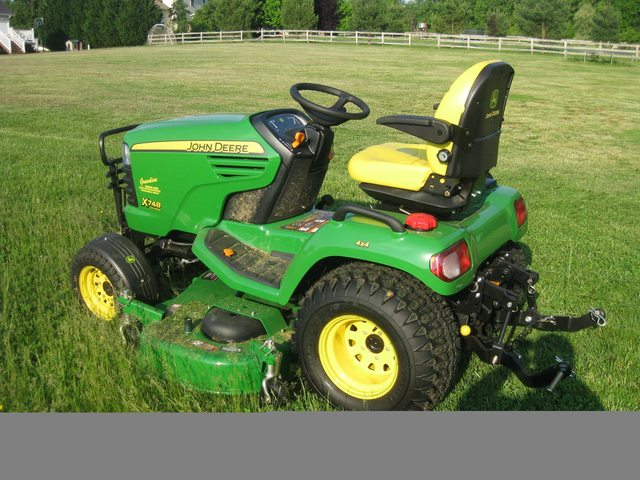 My New 2012 X748SE - MyTractorForum.com - The Friendliest Tractor ...