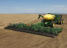 Image Gallery: John Deere Planting and Seeding Equipment in Action