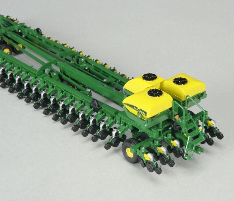 1/64th High Detail John Deere DB-120 48 Row Planter