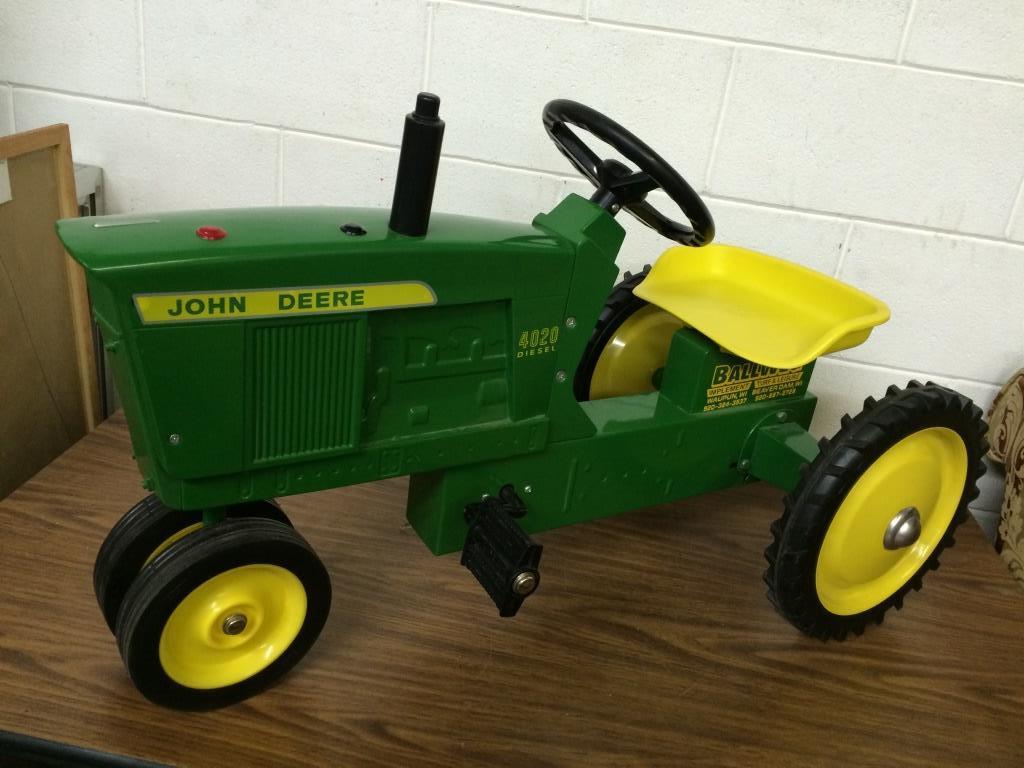 RARE John Deere 4020 Metal Pedal Tractor