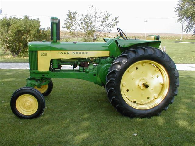 John Deere JD 530 tractor for sale