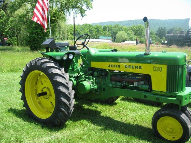 Alfa img - Showing > John Deere 530 Tractor