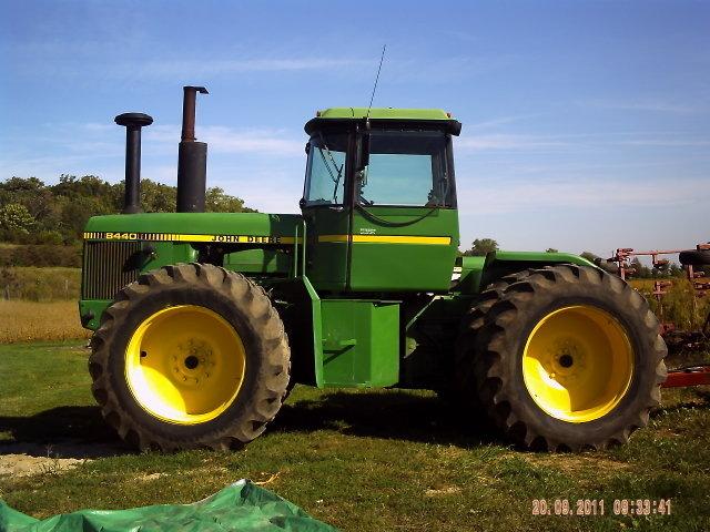 John Deere 8440 Tractor For Sale