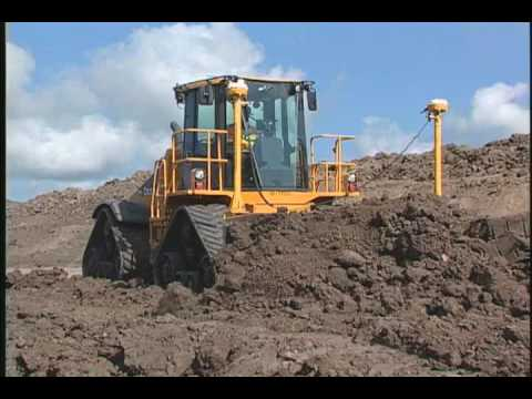 John Deere Country, Part 1 - How a Combine is Made | FunnyCat.TV