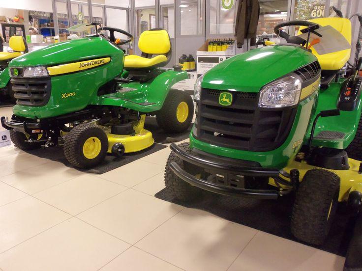 john deere x330 vs s240 lawn mower comparison