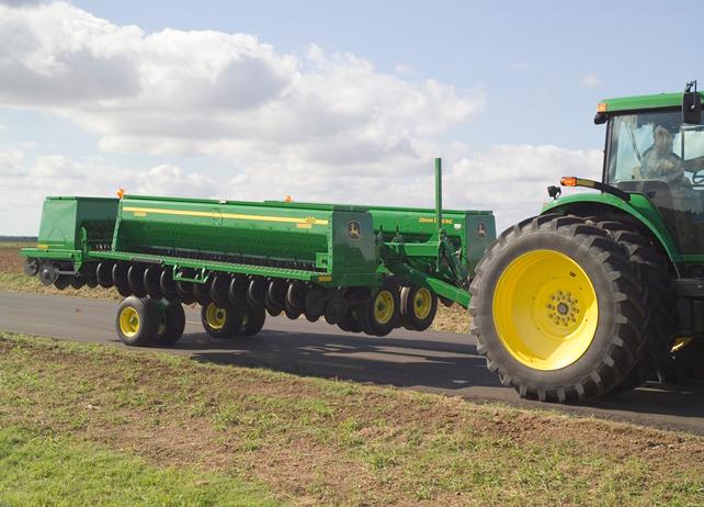 John Deere 455 Front-Folding Grain Drill Conventional-Till Drill ...