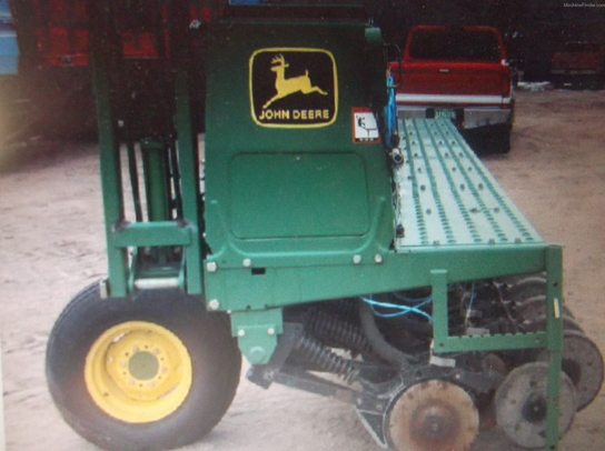 John Deere 1520 DRILL Planting & Seeding - Box Drills - John Deere ...