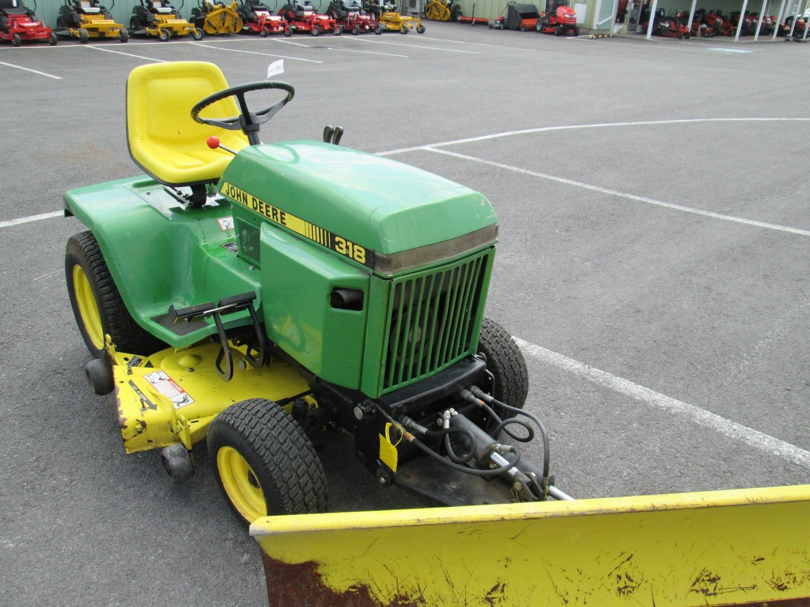 John Deere 318 W/ 50 Mower Deck And 54 Blade W/ Hydraulic Lift/angle | What's it worth