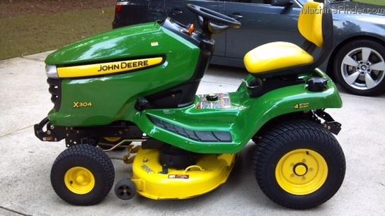 2010 John Deere X304 Lawn & Garden and Commercial Mowing ...