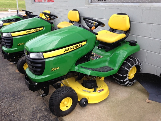 2013 John Deere X310 Lawn & Garden and Commercial Mowing ...