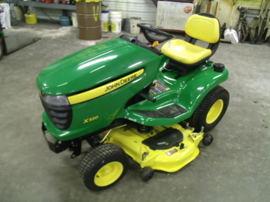 2010 John Deere X320 Lawn & Garden and Commercial Mowing ...