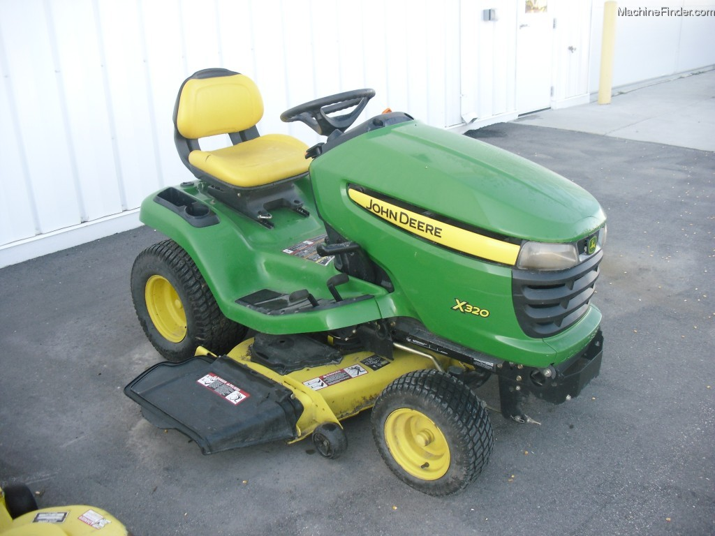2007 John Deere X320 Lawn & Garden and Commercial Mowing ...