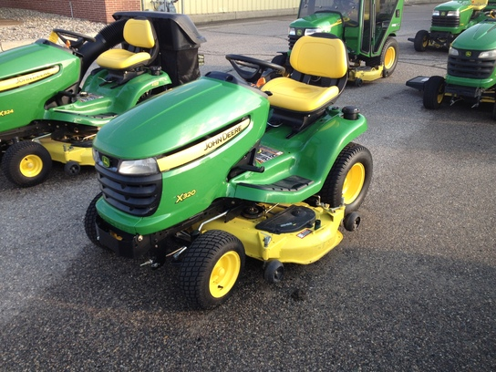 2013 John Deere X320 Lawn & Garden and Commercial Mowing ...