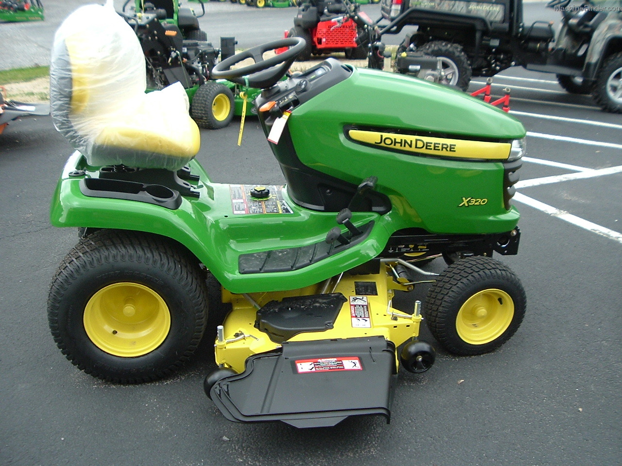 John Deere X320 Lawn & Garden and Commercial Mowing - John ...