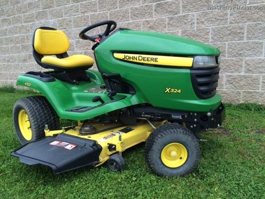 2009 John Deere X324 Lawn & Garden and Commercial Mowing ...