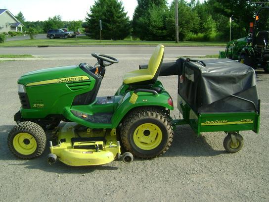 2012 John Deere X728 Lawn & Garden and Commercial Mowing ...