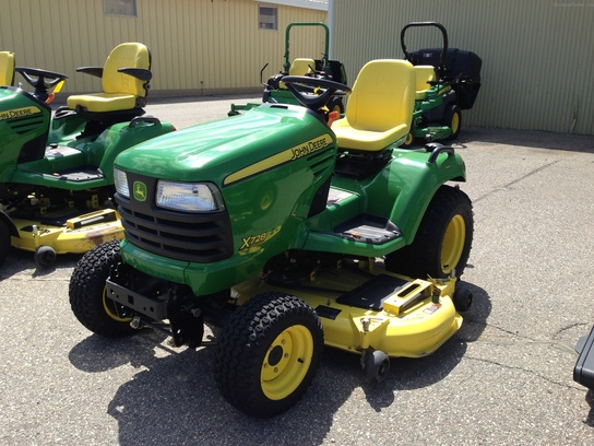 2010 John Deere X728 Lawn & Garden and Commercial Mowing ...