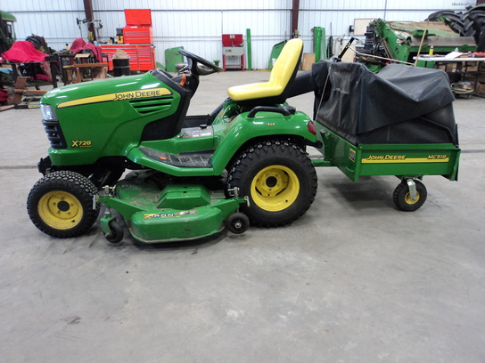 2008 John Deere X728 Lawn & Garden and Commercial Mowing ...