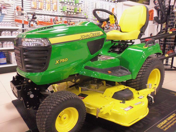 24 hp John Deere X750 garden tractor | John Deere ...