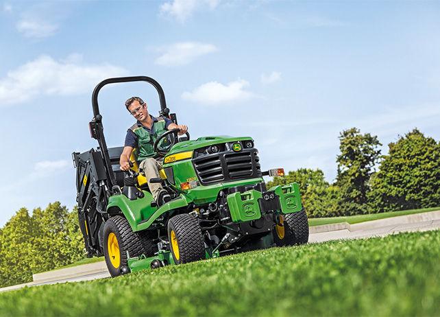 X950R | Diesel Mowing Tractors | Commercial Mowing | John ...