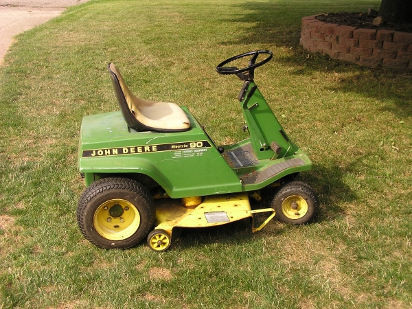Did Deere build this? - MyTractorForum.com - The ...