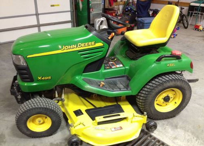John Deere Tractors » John Deere X495 Lawn and Garden ...