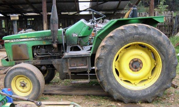 TractorData.com John Deere 2300 tractor photos information