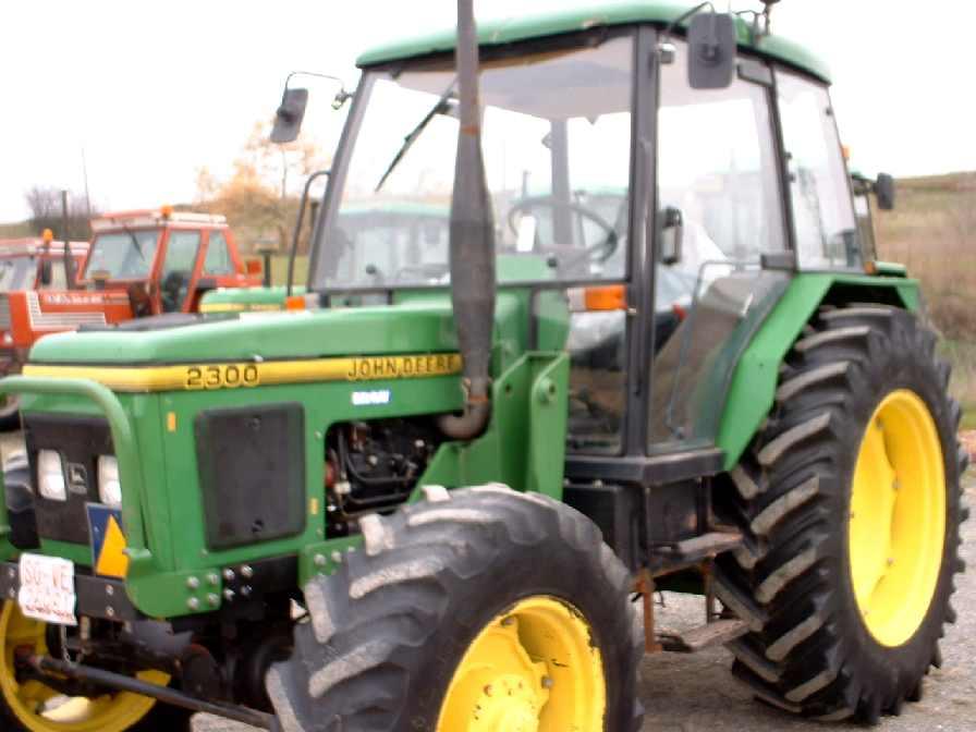 John Deere 2300 (Zetor)   Tractor & Construction Plant ...