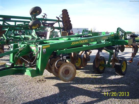 2004 John Deere 2700 Tillage - John Deere MachineFinder