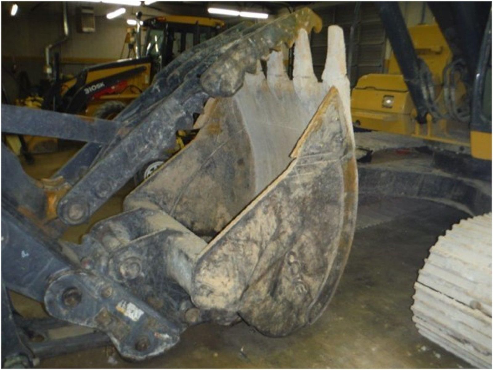 JOHN DEERE 200 LC Bucket Attachment for sale - Erb ...