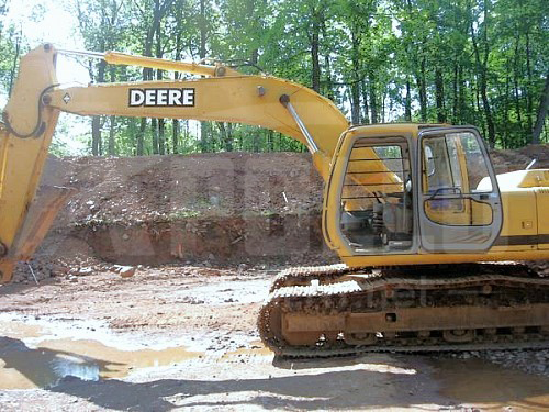 John Deere 2000 200LC Excavator | Apollo Equipment