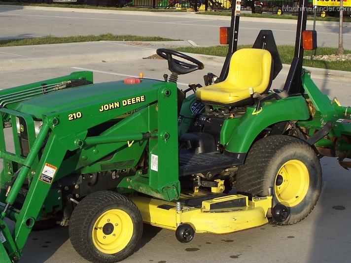 2004 John Deere 2210, turf tires, 210 Loader, 62C mower ...