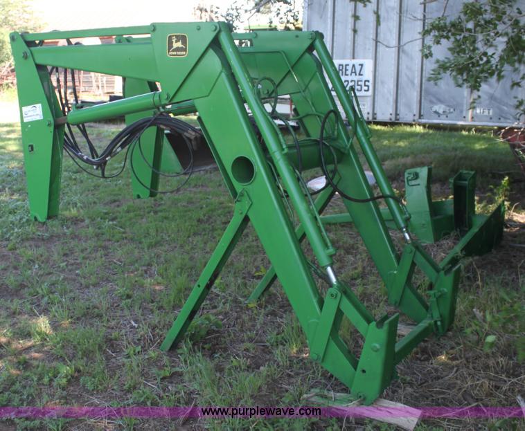 John Deere 260 loader | no-reserve auction on Friday, June ...