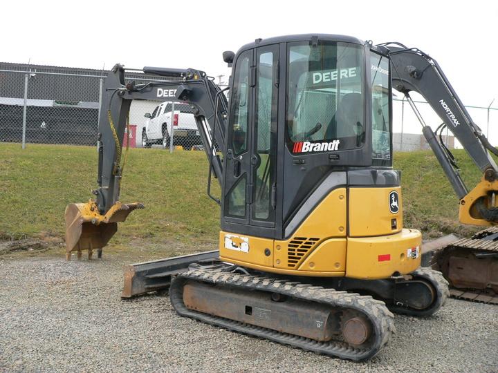 Mini Excavator 2013 John Deere 35D