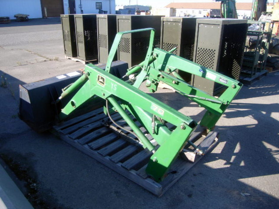 John Deere model 70 loader bucket attachment. 50 inch wide ...