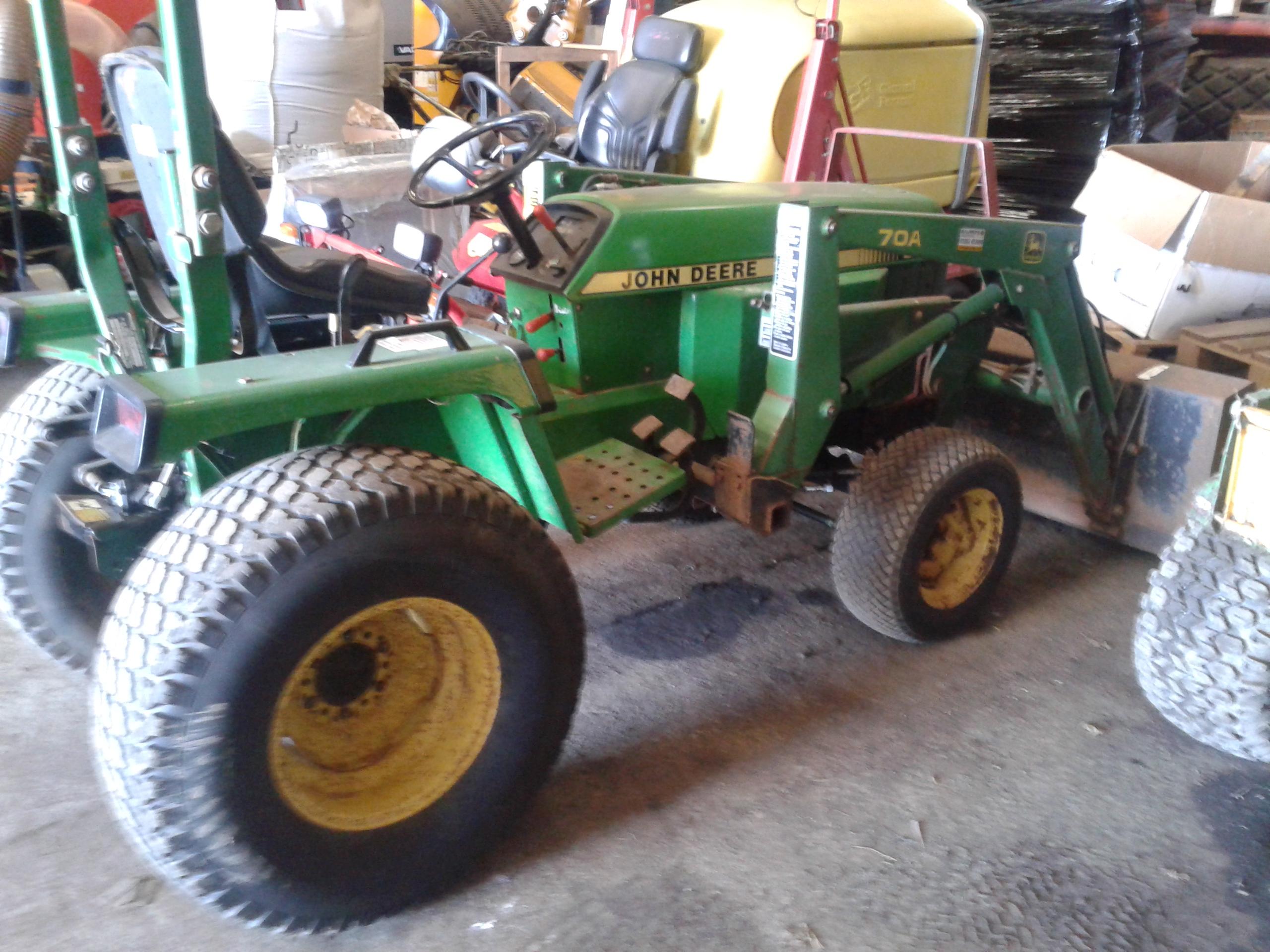 JOHN DEERE 855 tractor c/w John Deere 70A front loader ...