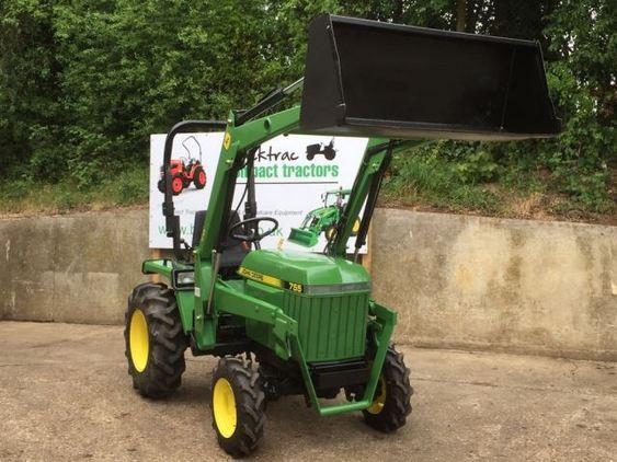 John Deere 755 Compact Tractor with Loader & Bucket ...