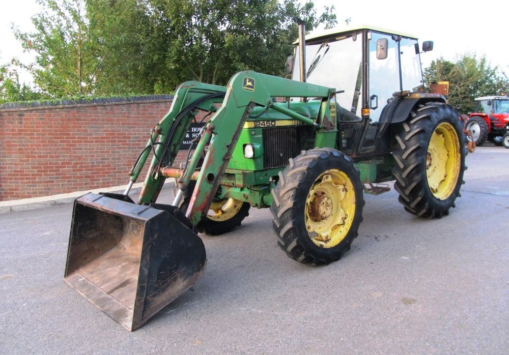 JOHN DEERE 2450 WITH LOADER 4X4, WITH BUCKET JD. | eBay