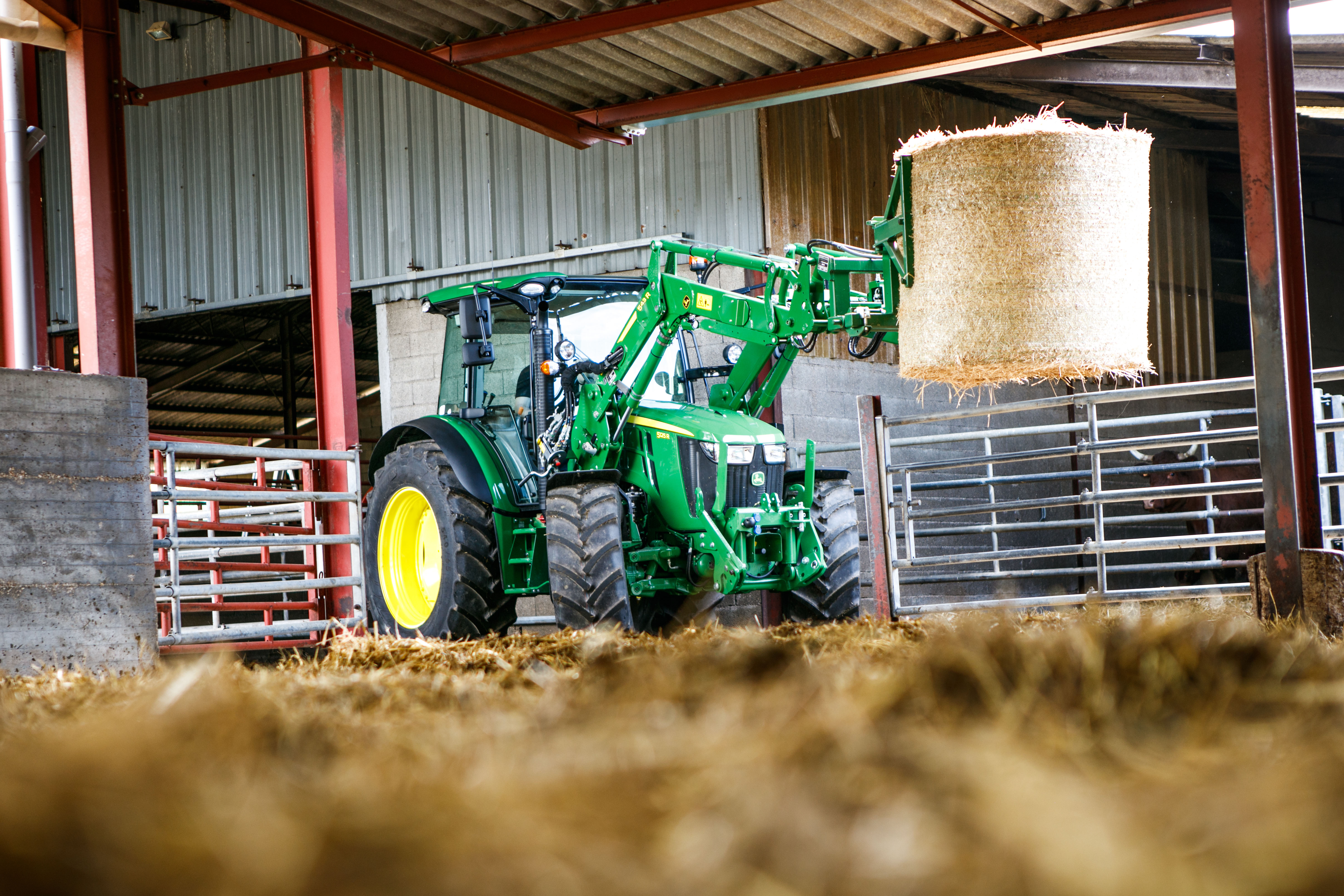 New 5R Series tractors & front loader