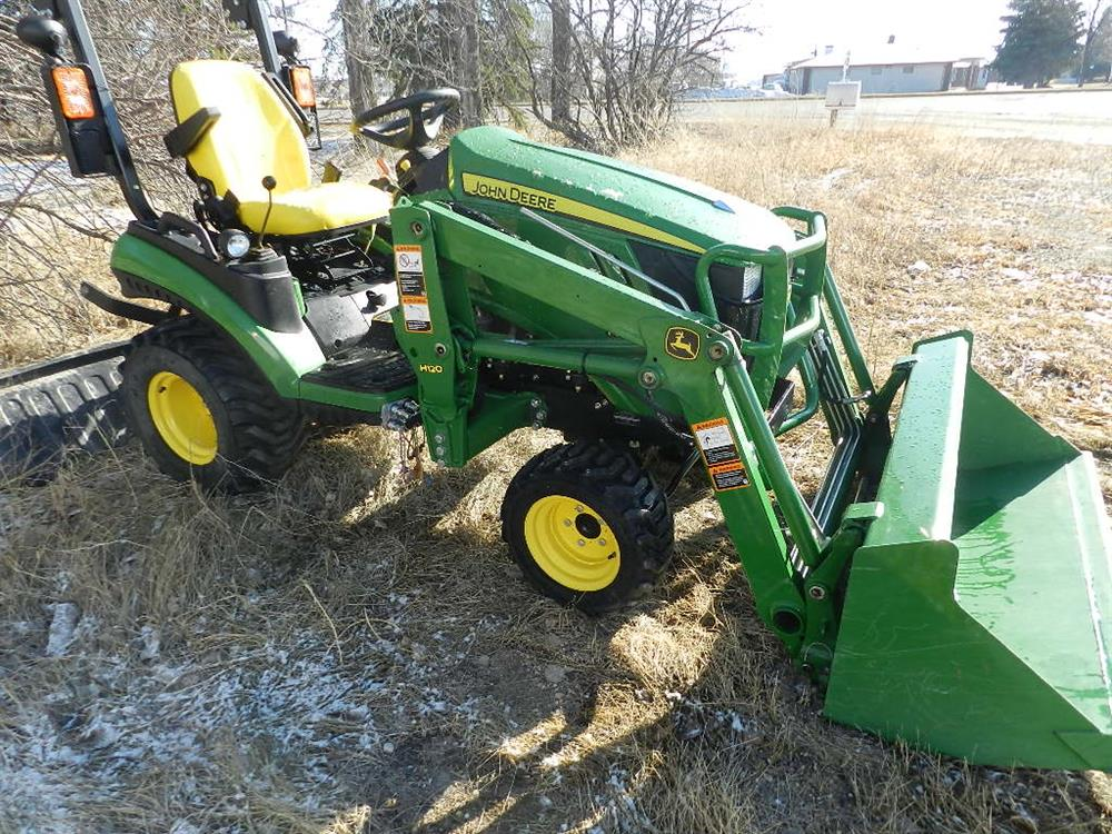... / 2013 John Deere 1025R Sub Compact Utility Tractor, Loader, 3PTH