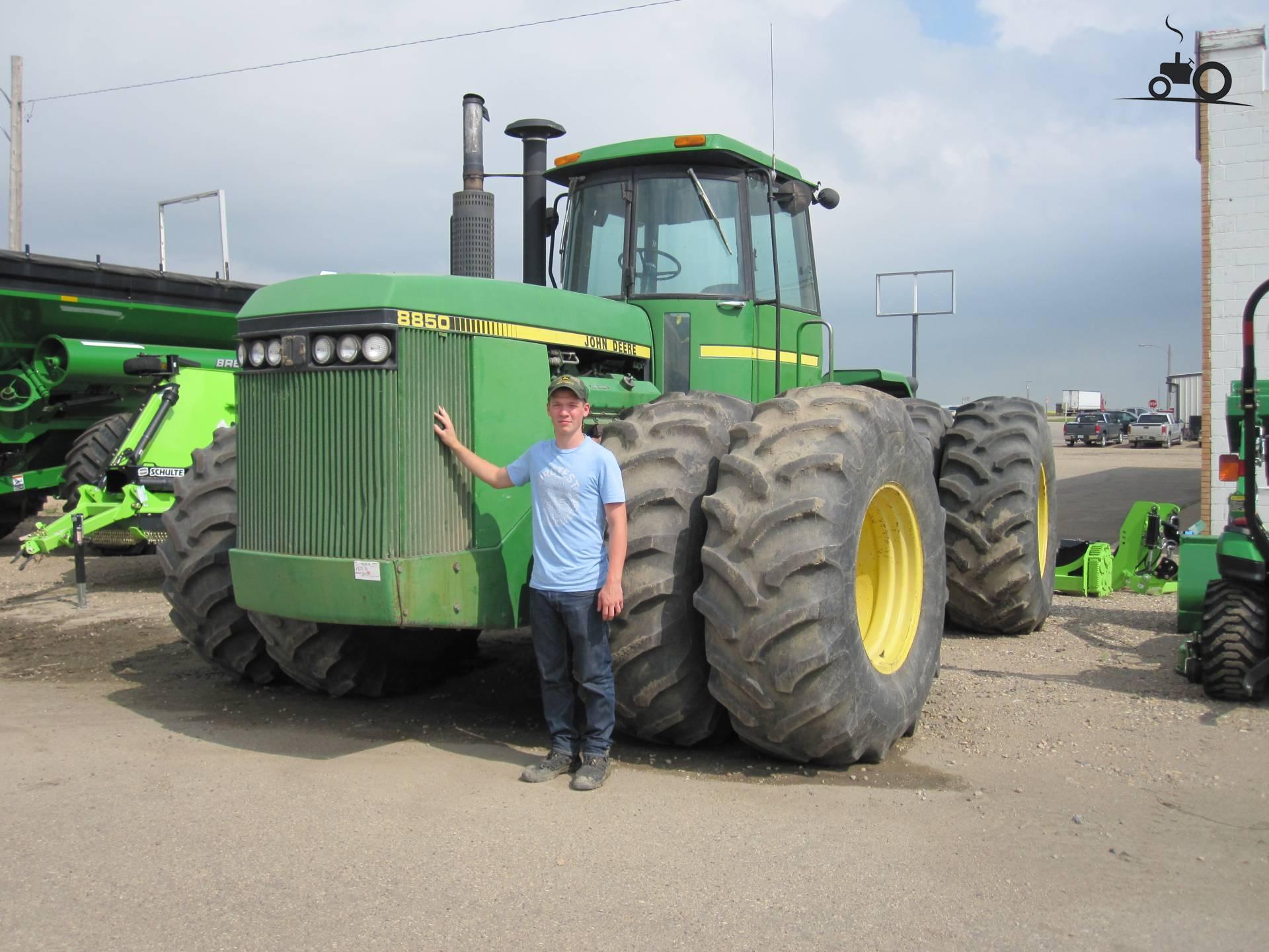 John Deere Tractors — John Deere 8850 - Posted By Dave Van ...