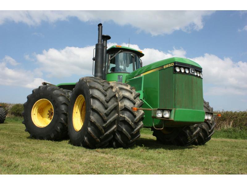 1984 JOHN DEERE 8850   Southmoor Farm Machinery
